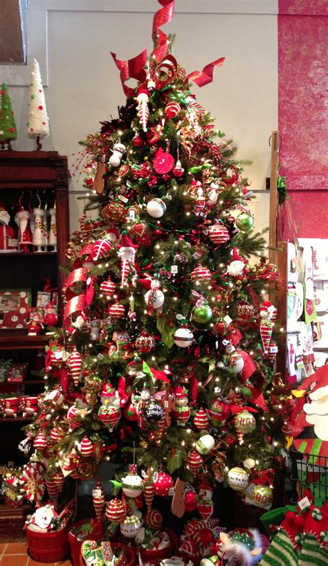 what order do you decorate a christmas tree christmas decore