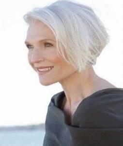 Coupe Cheveux Gris Femme 60 Ans : tendances coiffurecoiffure cheveux blancs femme les plus ~ Melissatoandfro.com Idées de Décoration