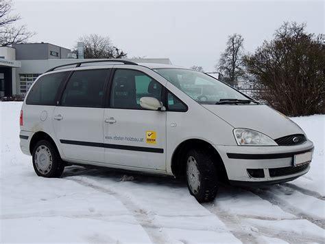Wiese Ford by Ford Galaxy Hat Seine Spur In Der Schneebedeckten Wiese