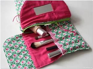 Kosmetiktasche Mit Spiegel : n hblog modage kosmetiktasche mit spiegel der zweite ~ A.2002-acura-tl-radio.info Haus und Dekorationen