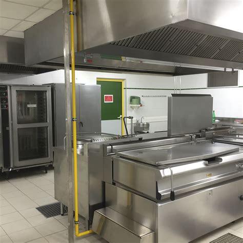 cuisine restauration remplacement d une canalisation gaz dans la cuisine du restaurant scolaire de prades le