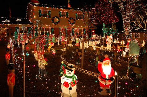 tacky christmas decorations  pics picture