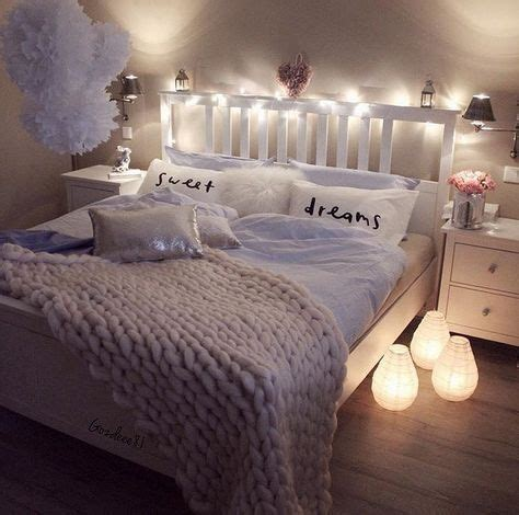 d馗o chambre cocooning 1 498 likes 10 comments f a s h i o n fashionvinesz on instagram gozdeee81 pillows décoration de maison