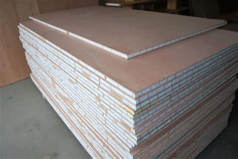 sandwich panels  warping patented wooden pivot door sliding door  eco friendly metal cores