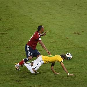 Colombian defender Juan Zuniga receives racist death ...