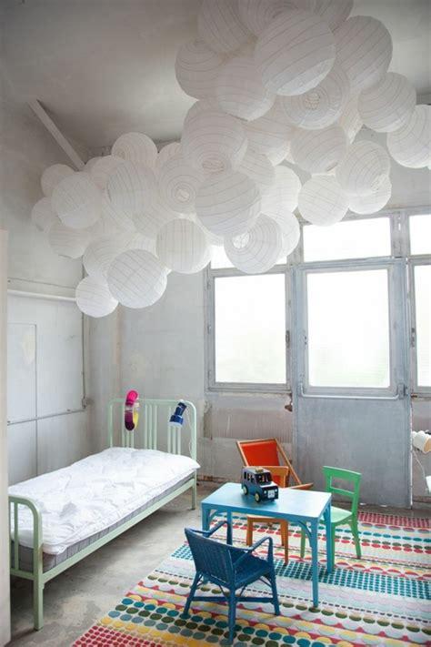 lustre chambre enfants les variantes convenables pour la suspension blanche