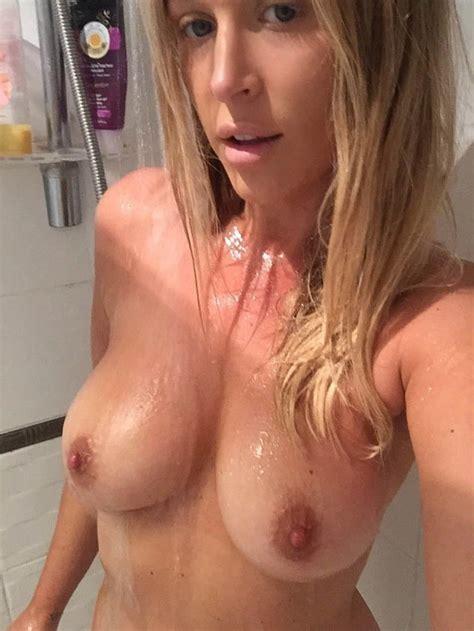 Amateur British Blonde Milf In The Shower Selfies 7 Pics