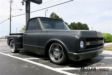 Chevrolet C10 with 22in US Mags Big Slot Wheels ...