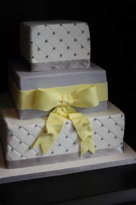 sugar kisses cakes  design grey  yellow wedding cake