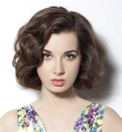 short hairstyles  thick wavy hair short hairstyles    popular short
