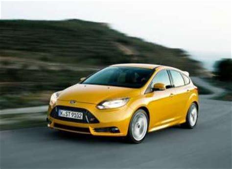 Best Economy Car 10 Best Economy Cars Autobytel