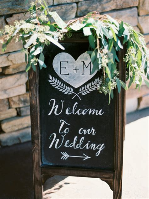 great wedding sign ideas  inspire  big day