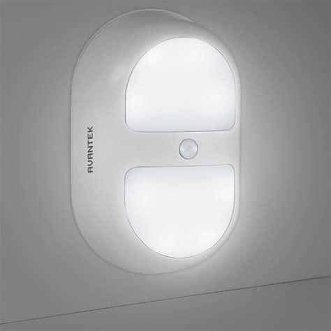 eclairage interieur avec detecteur de presence avantek veilleuse de nuit oule intelligente le 224 led murale sans fil automatique avec