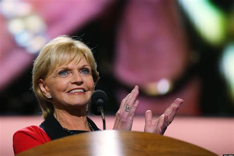 bev perdue issues executive order approving early