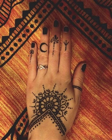 henna motive henna ideas from instagram popsugar photo 18