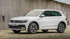 Volkswagen Tiguan Carat : vw tiguan 2 0 bitdi 240 4motion r line 2016 review car magazine ~ Gottalentnigeria.com Avis de Voitures