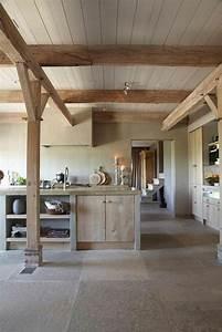 Arbeitsplatte Holz Küche : k che aus holz einrichtung massivholz arbeitsplatte holzdecke haus wood concrete kitchen ~ Sanjose-hotels-ca.com Haus und Dekorationen