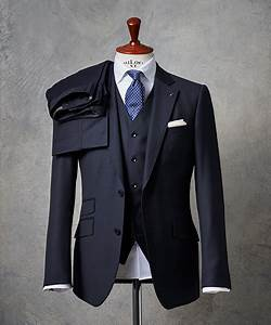 Mörk kostym smoking