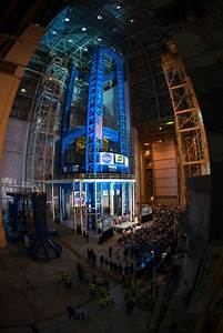 NASA Unveils World's Largest Spacecraft Welding Tool for ...