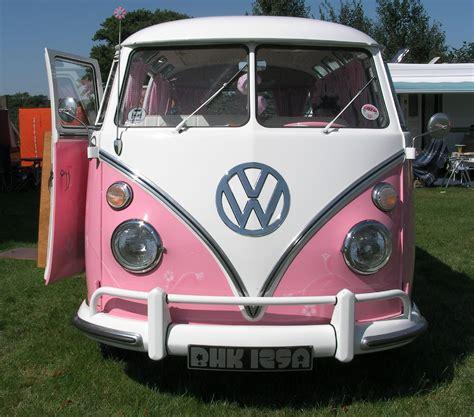 volkswagen hippie van front file pink vw cervan 002 flickr foshie jpg