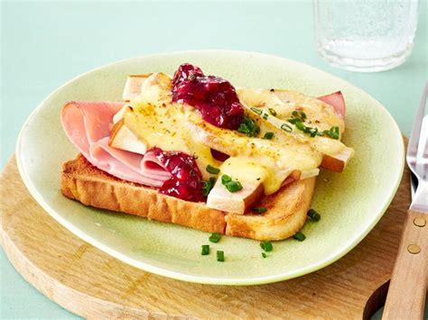 1000 images about toast 1000 bilder zu belegte toasts und sandwiches open toasts and sandwiches auf pinterest