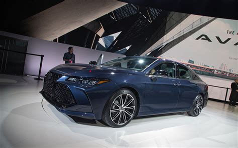 2019 Toyota Avalon by 2019 Toyota Avalon Ditches Humdrum Design For Something