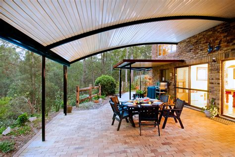 patio  curved roofs stratco outback curved roof patio