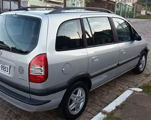 Chevrolet Zafira Elegance 2 0 16v 2004  2005