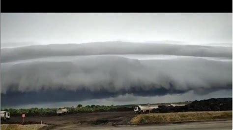 masyarakat aceh heboh awan mirip gelombang stunami