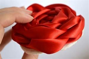 How to Make Ribbon Roses: 21 DIYs | Guide Patterns