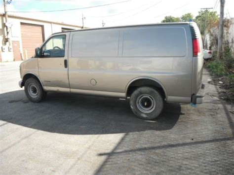 best car repair manuals 2001 chevrolet express 3500 head up display buy used 2001 chevrolet express 3500 base extended cargo van 3 door 5 7l in midlothian illinois