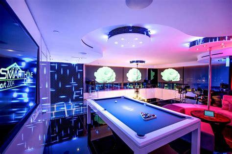 stunning miami beach penthouses  pool architecture