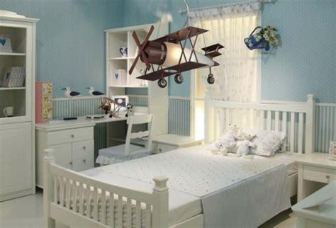 chambre garcon avion le lustre chambre enfant qui vous fait rêver