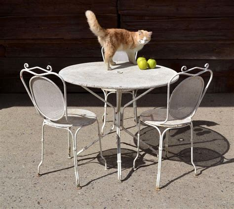 table ronde et chaises best table de jardin ronde en fer gifi ideas awesome interior home satellite delight us