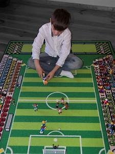 Tapis Jeu Enfant : tapitom tapis pour enfant football 130 x 200 cm ~ Teatrodelosmanantiales.com Idées de Décoration