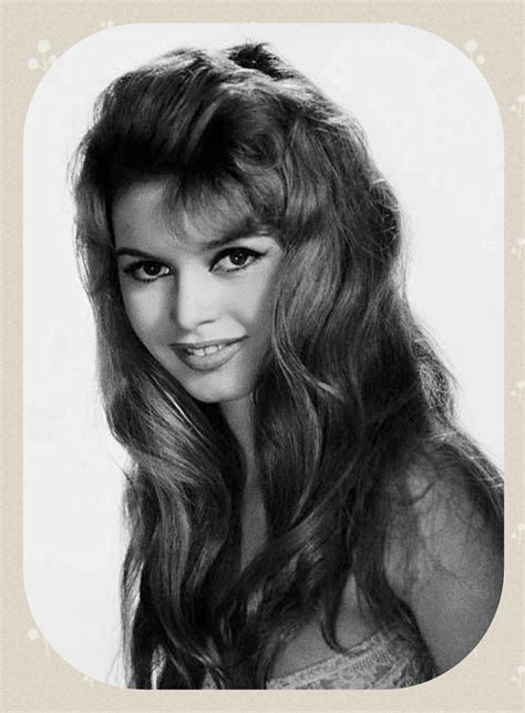 231 251 tykkäystä · 330 puhuu tästä. Pin by Smorgasbord on Brigitte bardot | Brigitte bardot, Bardot, Brigitte bardot young