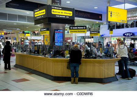 dublin airport bureau de change corp currency exchange stock photo royalty free
