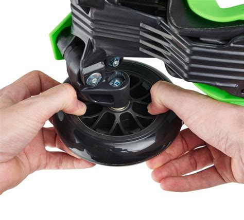 micro wheel led whizzers monsters eenhoorn step