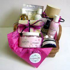 1000 images about Creative Gift Baskets on Pinterest
