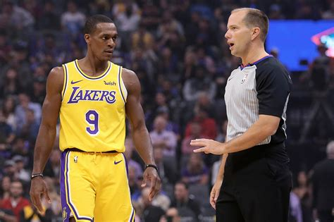 Lakers' Rajon Rondo out 6 to 8 weeks with a broken thumb ...