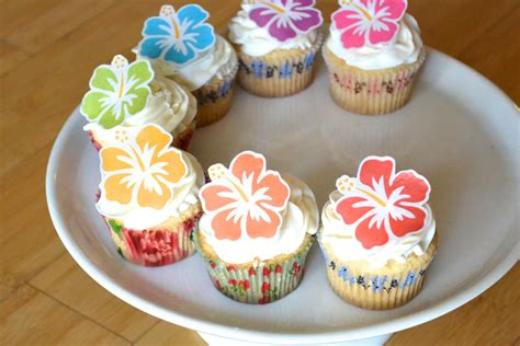 Hawaiian Cake Decorations by Edible Hawaiian Tropical Hibiscus Flowers Cake Amp Cupcake