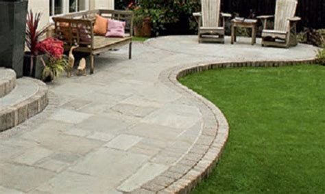 Garten Pflastern Ideen by Cheap Garden Paving Patio Paving Bricks Small Patios With