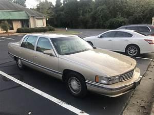 1995 Cadillac Deville - Pictures