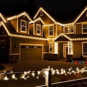 Best christmas lights on houses ideas