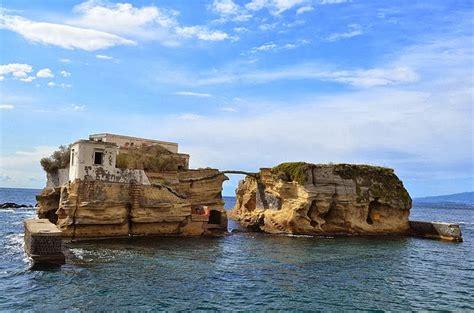 The Cursed Island Of Gaiola Amusing Planet