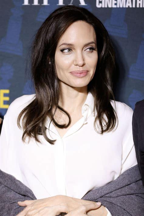 Angelina Jolie - The Golden Globe Foreign-Language ...