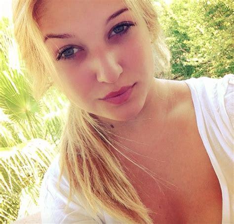 Kevin De Bruyne girlfriend Michele Lacroix: 10 HOT photos ...