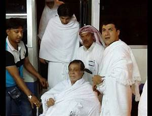 Kader Khan arrives in Makkah for Haj | ummid.com