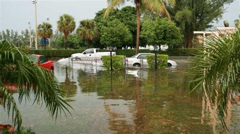 flooding coastal miami cities august tide beach florida during south hair
