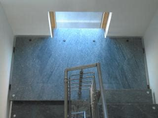 Podesttreppe Mit Wand by Bolzentreppe Mit Edelstahlgel 228 Nder Und Montage